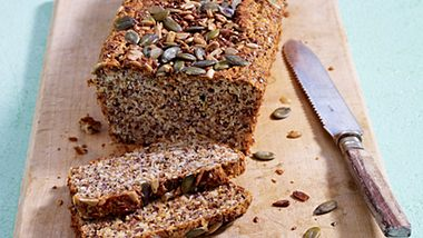 Eiweißbrot ist nicht nur etwas für Sportler. - Foto: House of Food / Bauer Food Experts KG