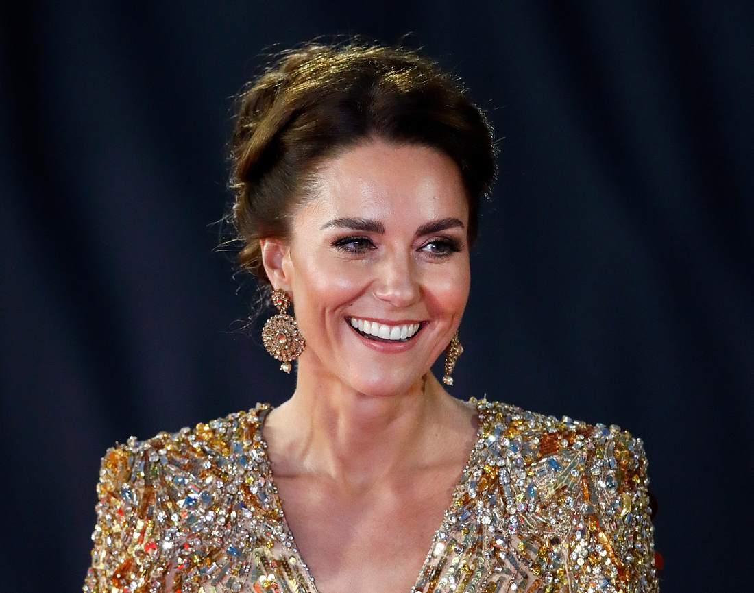 Kate Middleton Ohrringe James Bond, No Time To Die World Premiere - Red Carpet Arrivals
