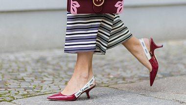 Kitten Heels sind nicht nur schick, sondern auch alltagstauglicher als High Heels. - Foto: Getty Images