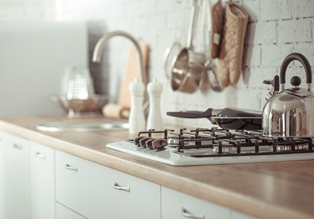 Zeile in einer kleinen Küche
