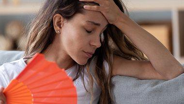 Kreislaufprobleme bei Hitze haben eindeutige Symptome und sind gefährlich - Foto: fizkes/iStock