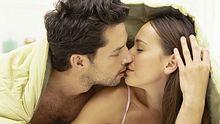 kuss ist wichtigster liebesbeweis - Foto: Thinkstock