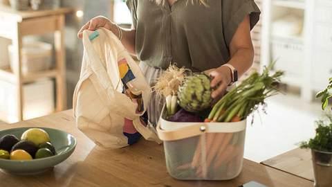 Lekutat-Methode: Einfach und gesund abnehmen - Foto: iStock/ svetikd