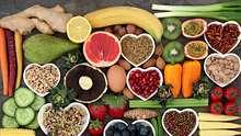Mit der Low-Fat-Diät purzeln die Kilos. Wir verraten, wie die fettarme Ernährung funktioniert und was du essen darfst. - Foto: iStock