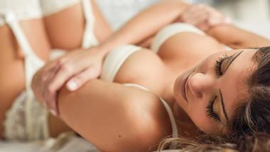 Mangelnde Lubrikation, trockene Scheide? Was Frauen brauchen, um beim Sex richtig feucht zu werden. - Foto: iStock