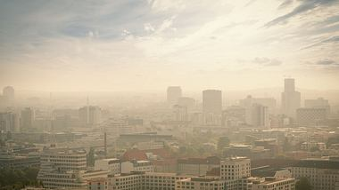 Wegen Luftverschmutzung: Knapp eine halbe Million Tote in der EU - Foto: iStock/PPAMPicture