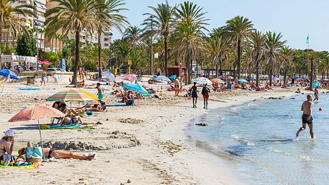 Der Mann darf zehn Jahre nicht nach Spanien reisen. - Foto: IMAGO / Michael Matthey