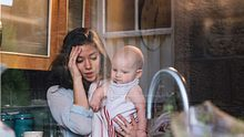 Raus aus dem Mutter-Burnout: Wie du als Mama Zeit für dich gewinnen kannst. - Foto: iStock