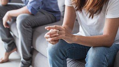 Daran merkst du, dass dein Mann nicht bereit für ein Kind ist. - Foto: kitzcorner/iStock