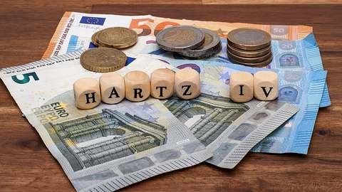 Experten kritisieren die geplante Erhöhung des Hartz-IV-Satzes. - Foto: fotogeng/istock