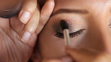 Mermaid Tears sind der neue Beauty Trend. - Foto: iStock/coral222