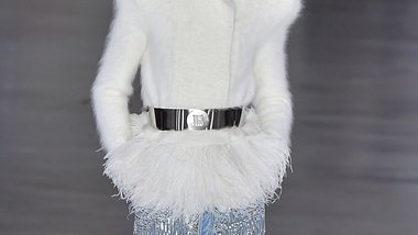 Was sind die schönsten Modetrends im Herbst und Winter 2019/2020? Hier kommen die schönsten Teile und Outfits! - Foto: Getty Images