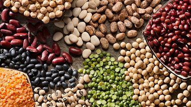 Molybdän ist in vielen Lebensmitteln wie Hülsenfrüchten enthalten - Foto: Janine Lamontagne/iStock