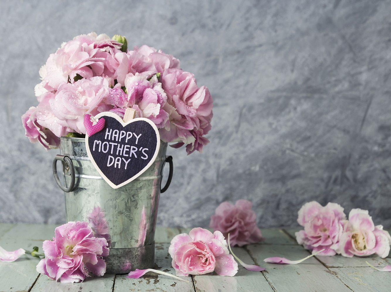 Muttertagsideen zum Verwöhnen: Für Mama darf es zum Muttertag auch ein (fast) kostenloses Geschenk von Herzen sein