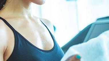 Durch den Nachbrenneffekt verlierst du zusätzliche Kalorien. - Foto: iStock/zoranm