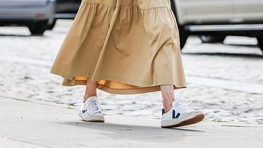 Nachhaltige Sneakers: Diese Marken produzieren umweltfreundlich & stylisch - Foto: Arturo Holmes/Getty Images