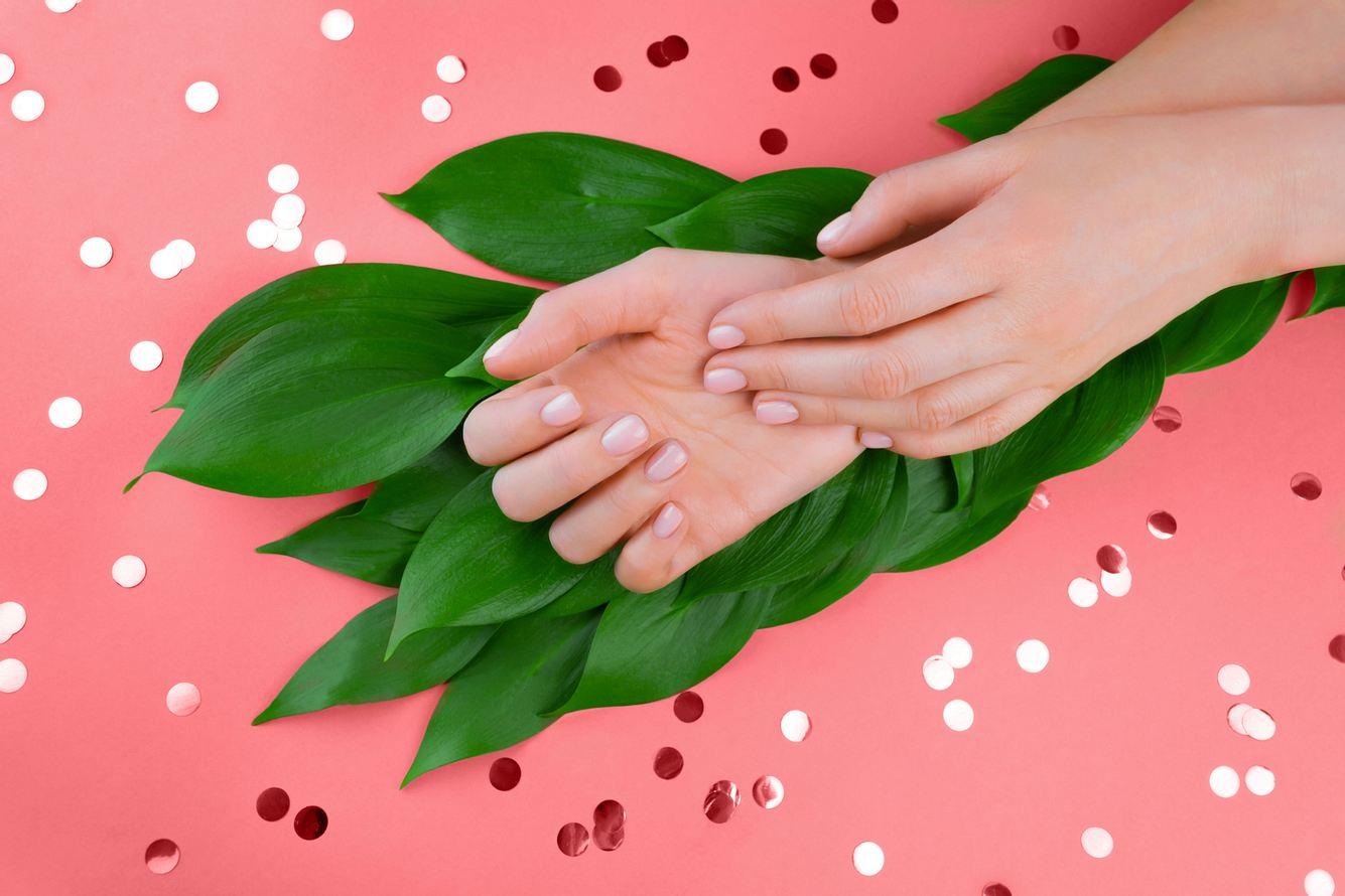 Gepflegte Hände - mit einem guten Nageletui ganz einfach