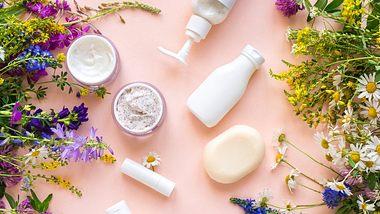 Naturkosmetik selber machen dank diesen Rezepten. - Foto: Mizina/iStock