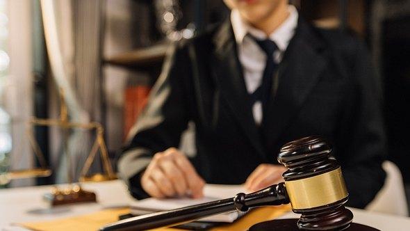 Neue Gesetze bringen Änderungen im August 2021 in vielen Bereichen - Foto: ARMMY PICCA/iStock