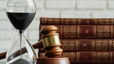 Neue Gesetze und Änderungen im März 2021: Für viele Corona-Regelungen läuft die Zeit ab - Foto: FabrikaCr/iStock
