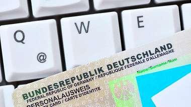 Neuer Personalausweis wird richtig teuer - Foto: Imago Images