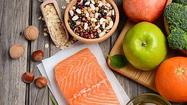 Die Ernährung bei der nordischen Diät ist vielseitig. - Foto: iStock/JulijaDmitrijeva