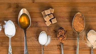 Mengenangaben: So backst und kochst du ohne Waage - Foto: iStock