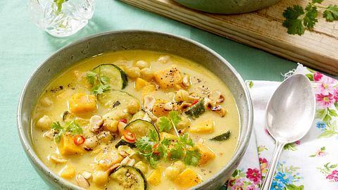 Für dieses Curry brauchst du nur One Pot. - Foto: House of Food / Bauer Food Experts KG