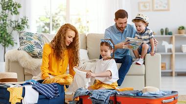 Tschüss, Tetris! Mit Packing Cubes wird das Packen für den Urlaub gleich viel entspannter. - Foto: iStock/ evgenyatamanenko