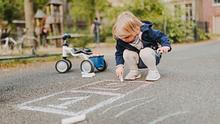 Kreide ist ein Produkt für Eltern und Kind - Foto: iStock
