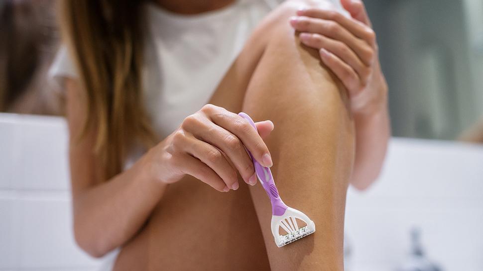 Rasurschatten: Das kannst du gegen die lästigen Haarwurzeln tun! - Foto: dusanpetkovic/iStock