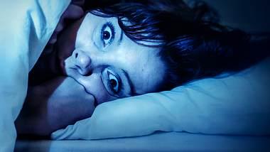 Schlaflähmung: Was gegen die Schlafstarre hilft - Foto: iStock