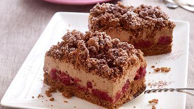 Dieser cremiger Schoko-Kirsch-Kuchen kommt direkt vom Blech. - Foto: House of Foods