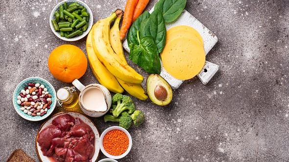 Was dürfen Schwangere nicht essen und wo gibt es keine Bedenken? - Foto: yulka3ice/iStock