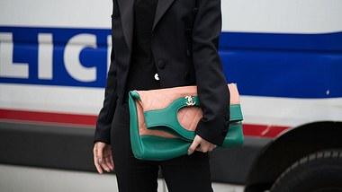 Elegantes Basic: Den schwarzen Blazer kannst du zu allem kombinieren - Foto: GettyImages