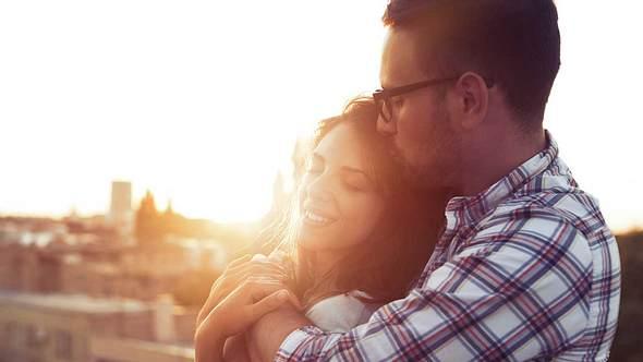 Seelenverwandten-Test: Finde heraus, wann du deinen Traumpartner treffen wirst - Foto: iStock/ nd3000