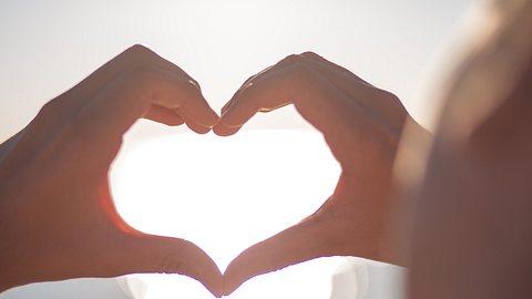 Die Achtsamkeitsübungen verhelfen zu mehr Selbstliebe. - Foto: iStock