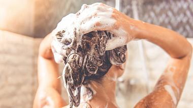 Shampoo selber machen. - Foto: vadimguzhva/iStock