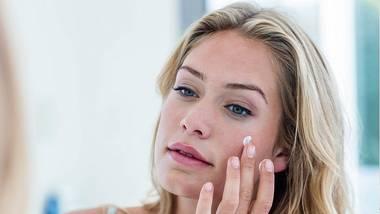 Diese Sonnencreme fürs Gesicht ist gut - Foto: iStock/ Wavebreakmedia