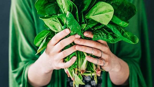 Spinat ist alles andere als langweilig! Das beweisen diese Rezepte. - Foto: iStock
