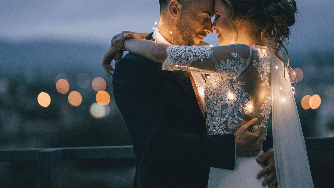 Das Sternzeichen eines Mannes kann viel darüber verraten, ob er ein guter Ehemann werden kann. - Foto: iStock