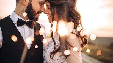 Diese drei Sternzeichen heiratet häufig bevor sie 30 werden. - Foto: iStock/Pekic