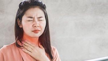Stiller Reflux: Hausmittel zu Behandlung gibt es viele - Foto: Doucefleur/iStock