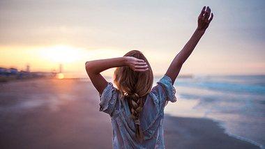 Strandfrisuren 2019: Die schönsten Varianten für kurzes & langes Haar - Foto: iStock