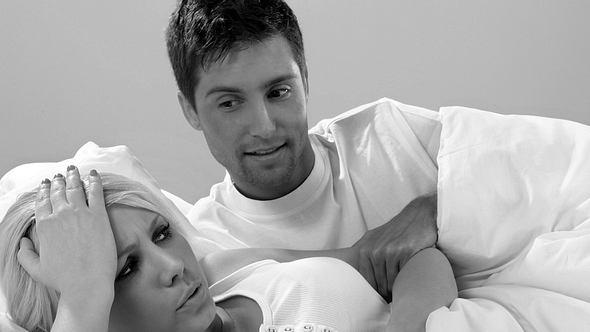 Ein Viertel aller Männer glaubt, Frauen zum Sex überreden zu müssen - Foto: iStock