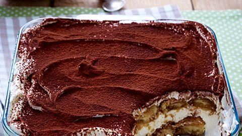 Tiramisu kommt aus dem italienischen und bedeutet übersetzt so viel, wie, zieh mich hoch. - Foto: House of Food / Bauer Food Experts KG
