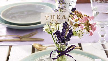 tischdeko mit lavendel - Foto: deco&style