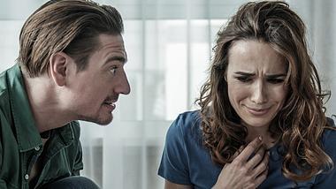 Toxische Beziehung: 7 Anzeichen und was du dagegen tun kannst - Foto: iStock