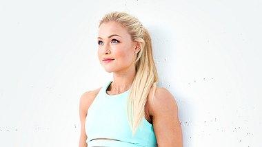 5 effektive Übungen gegen Cellulite von Sophia Thiel - Foto: Benjamin Becker