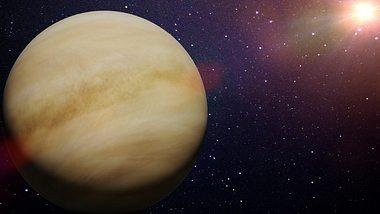 Venus mit Mars im Trigon bringt Liebesglück.
